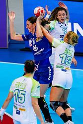 06-12-2019 JAP: Serbia - Slovenia, Kumamoto<br /> last match groep A at 24th IHF Women's Handball World Championship. / Jelena Lavko #9 of Serbia, Polona Baric #13 of Slovenia, Nina Zulic #18 of Slovenia