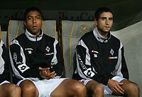 Fotball. 5. august 2005, v.l. v.l. Giovane Elber, Hassan el Fakiri Moenchengladbach auf der Ersatzbank<br /> Bundesliga FC Bayern Muenchen - Borussia Moenchengladbach