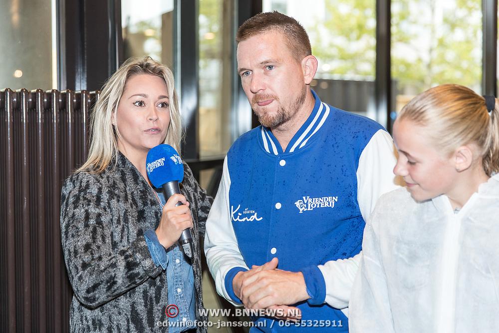 NLD/Almere/20170831 - Bekendmaking Het Huis van stichting Het Vergeten Kind, Johnny de Mol en Ingrid Jansen
