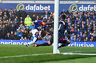 Arouna Kone of Everton lifts the ball over Costel Pantilimon , the Sunderland goalkeeper to score his teams 5th goal. Barclays Premier League match, Everton v Sunderland at Goodison Park in Liverpool on Sunday 1st November 2015.<br /> pic by Chris Stading, Andrew Orchard sports photography.