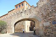 Arco de la Estrella archway entrance through medieval walls of old town, Caceres, Extremadura, Spain