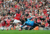 Photo: Tom Dulat.<br /> Arsenal v Sunderland. The FA Barclays Premiership. 07/10/2007.<br /> Goalkeeper of Sunderland Craig Gordon managed to save the ball kicked by Emmanuel Adebayor of Arsenal