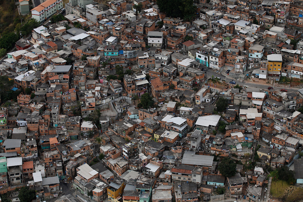 Belo Horizonte_MG, Brasil.<br /> <br /> Bairro Taquaril localizado na Serra do Taquaril em Belo Horizonte, Minas Gerais.<br /> <br /> Taquaril neighborhood located in Serra do Taquaril in Belo Horizonte, Minas Gerais.<br /> <br /> Foto: JOAO MARCOS ROSA / NITRO