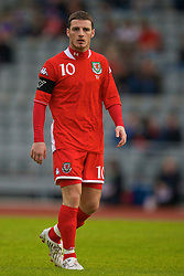 REYKJAVIK, ICELAND - Wednesday, May 28, 2008: Wales' captain Jason Koumas in action against Iceland during the international friendly match at the Laugardalsvollur Stadium. (Photo by David Rawcliffe/Propaganda)