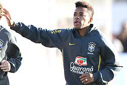 O jogador da Seleção Brasileira de Futebol, Robinho durante treino no C T do Corinthians, em São Paulo. FOTO: Jefferson Bernardes/Preview.com
