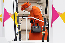 © Licensed to London News Pictures. 07/10/2021. London, UK. Photo credit: Queen Elizabeth II take part in the Queens Baton Relay event held at Buckingham Palace for Birmingham 2022 Commonwealth Games. Photo by London News Pictures