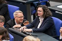 08 NOV 2018, BERLIN/GERMANY:<br /> Johannes Kahrs (L), MdB, SPD, und ANdrea Nahles (R), MdB, SPD, Fraktions- und Parteivorsitzende, im Gespraech, Bundestagsdebatte zum sog. Global Compact fuer Migration, Plenum, Deutscher Bundestag<br /> IMAGE: 20181108-01-040<br /> KEYWORDS: Sitzung, Gespräch