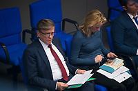 DEU, Deutschland, Germany, Berlin, 13.12.2017: Gerold Otten (AfD, Alternative für Deutschland) bei einer Plenarsitzung im Deutschen Bundestag.