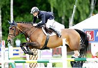 Hest sprang løp , <br /> Norway Grand Prix 2008 , <br /> Drammen Internasjonalt stevne , <br /> 21.06.08 , <br /> Niclas Aromaa fra Finland på hesten Madleen 3 , <br /> Foto: Thomas Andersen / Digitalsport