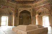 India, Uttar Pradesh, Agra, The Chini Ka Rauza: Tomb of Allama Afzal Khan Mullah
