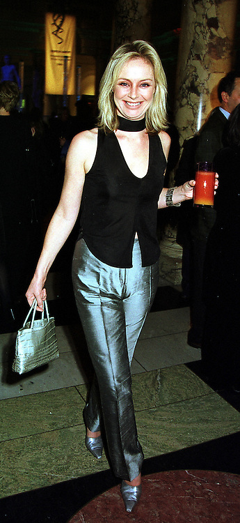 TV presenter SAMANTHA NORMAN at an award ceremony in London on 9th December 1999.MZX 6