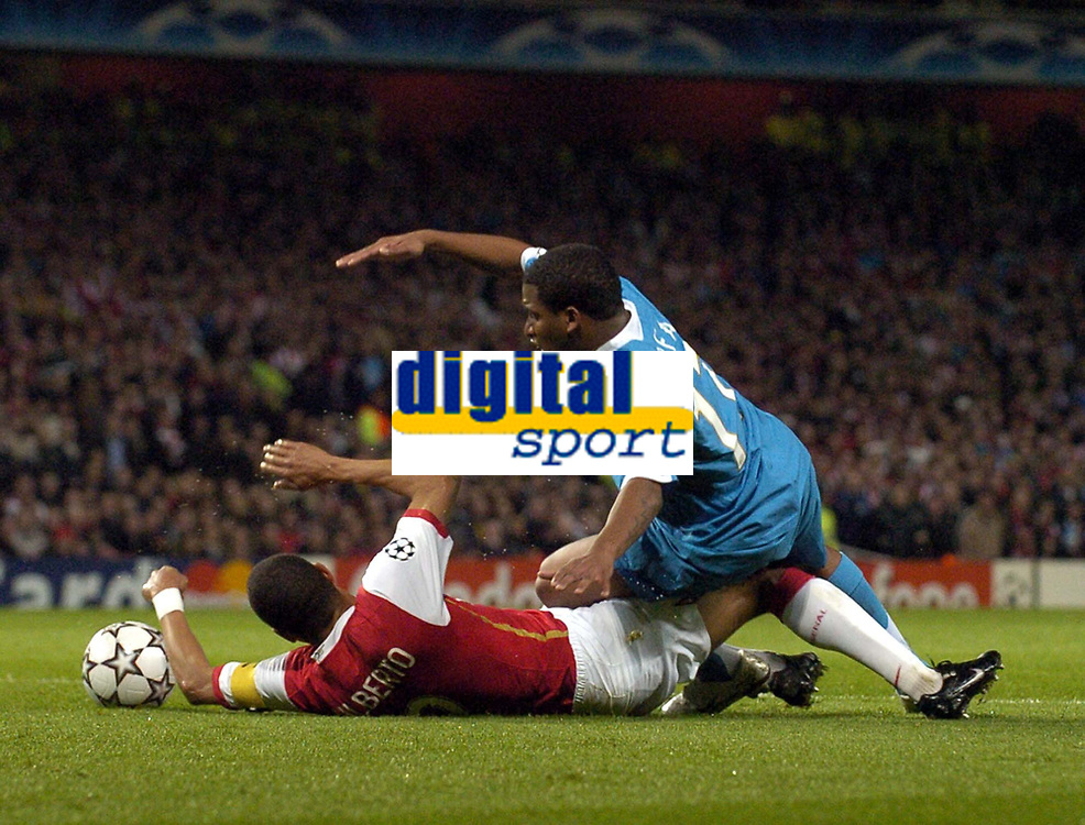 Photo: Olly Greenwood.<br />Arsenal v PSV Eindhoven. UEFA Champions League. Last 16, 2nd Leg. 07/03/2007. Arsenal's Gilberto tackles PSV's Jefferson Farfan in the box