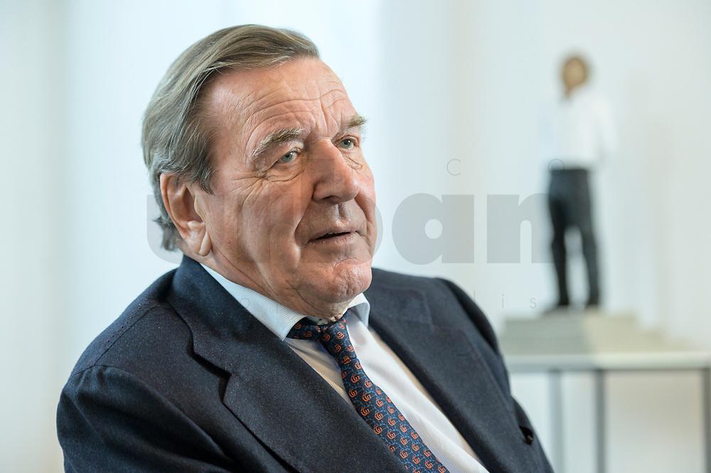 11 DEC 2019, HANNOVER/GERMANY:<br /> Gerhard Schroeder, SPD, Bundeskanzler a.D., waehrend einem Interview, im Buero seiner Anwaltskanzlei<br /> IMAGE: 20191211-01-007<br /> KEYWORDS: Gerhard Schröder, Büro