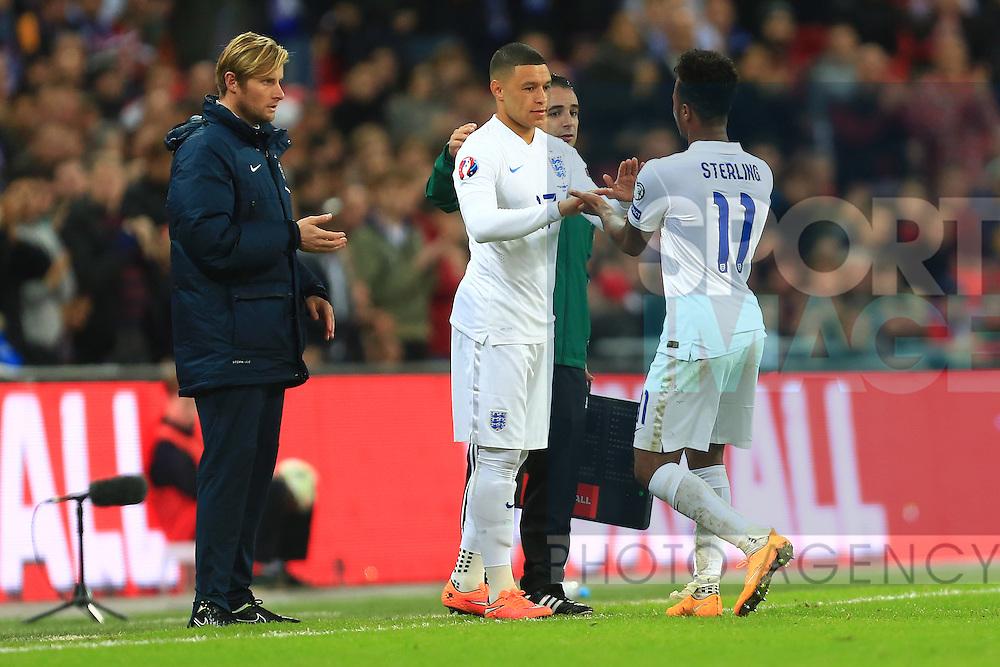 Alex Oxlade-Chamberlain replaces Raheem Sterling of England - England vs. Slovenia - UEFA Euro 2016 Qualifying - Wembley Stadium - London - 15/11/2014 Pic Philip Oldham/Sportimage