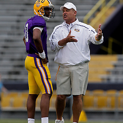 April 2009: LSU Tigers quarterback Russell Shepard (10) talks with head coach Les Miles during the 2009 LSU spring football game at Tiger Stadium in Baton Rouge, LA.