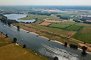 Nederland, Noord Brabant, Gemeente Den Bosch, 08-07-2010. De Maas bij Empel. Op deze lokatie zal de Zuid-Willemsvaart na de omlegging  in de Maas uitmonden. .The river Meuse at Empel. In the future the diverted canal  Zuid- Willemsvaart will flow into the river at this location..luchtfoto (toeslag), aerial photo (additional fee required).foto/photo Siebe Swart.