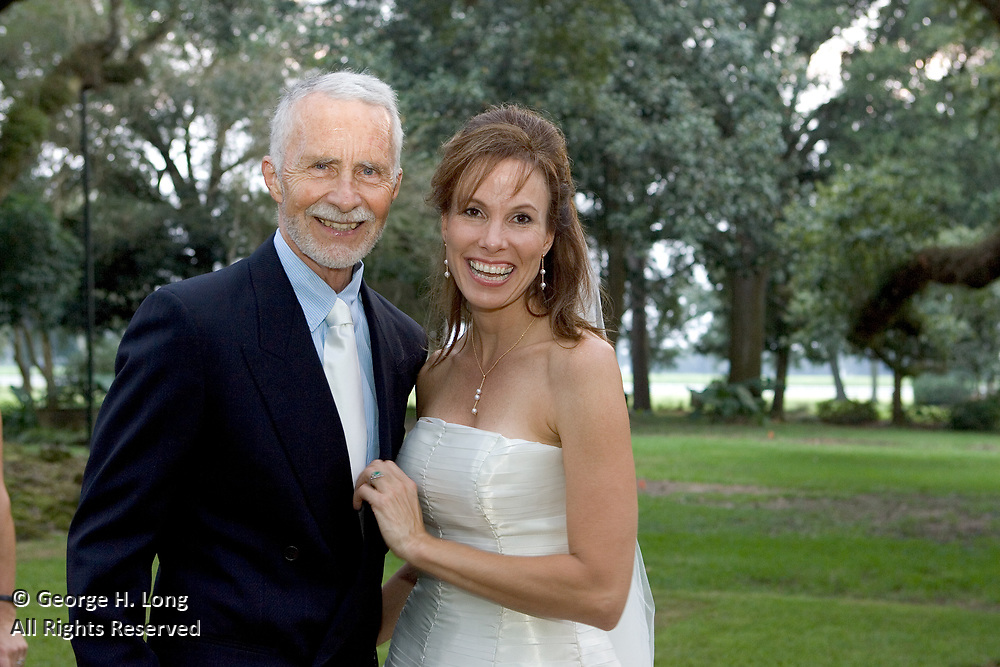 The wedding of Jeannie Linam and Jim Davenport on September 25, 2004.