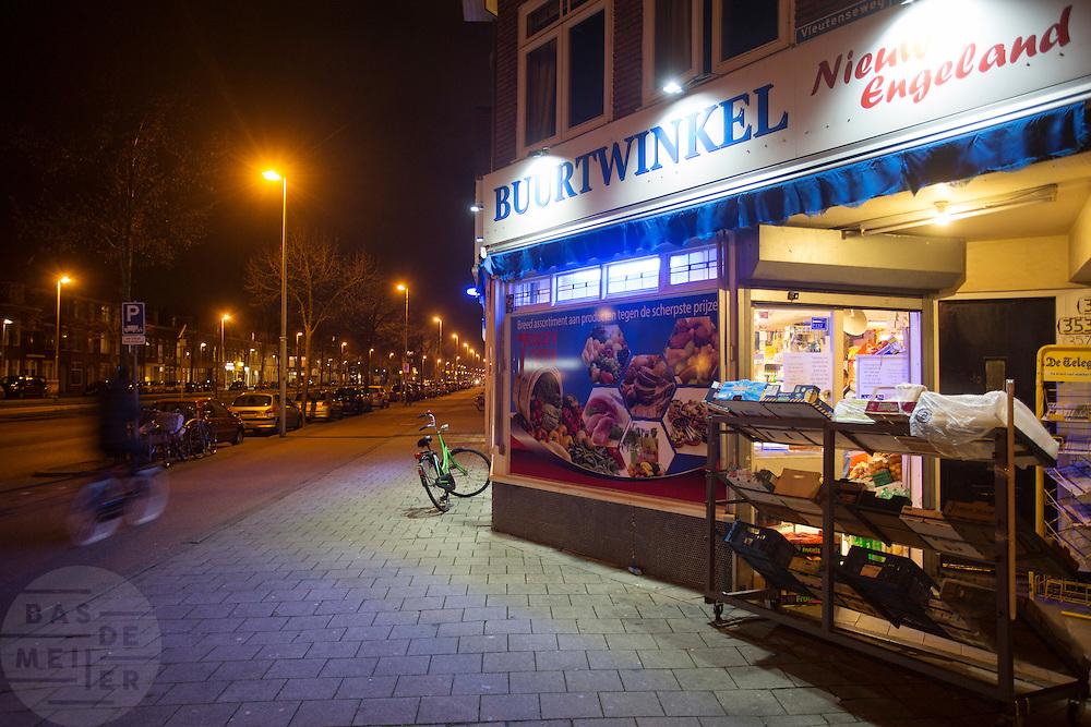 In Utrecht heeft de buurtwinkel Nieuw Engeland nog de ruimste openingstijden. Vanaf januari kent Utrecht ruimere openingstijden voor alle winkels.