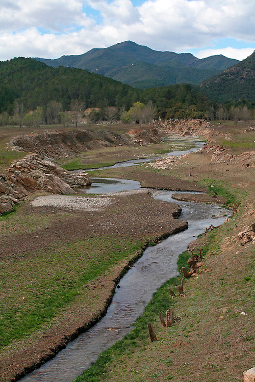 2008. Extreme drought in Catalonia. Lower level of the water in the La Muga river (Alt Emporda, Catalonia. Spain)  due to the lack of rain in the last months.