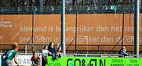 ALMERE - 'niemand is belangrijker dan het team, geen team is belangrijker dan de club'  tijdens de promotieklasse hockeywedstrijd dames,  Almere - Were Di (1-1).    COPYRIGHT KOEN SUYK