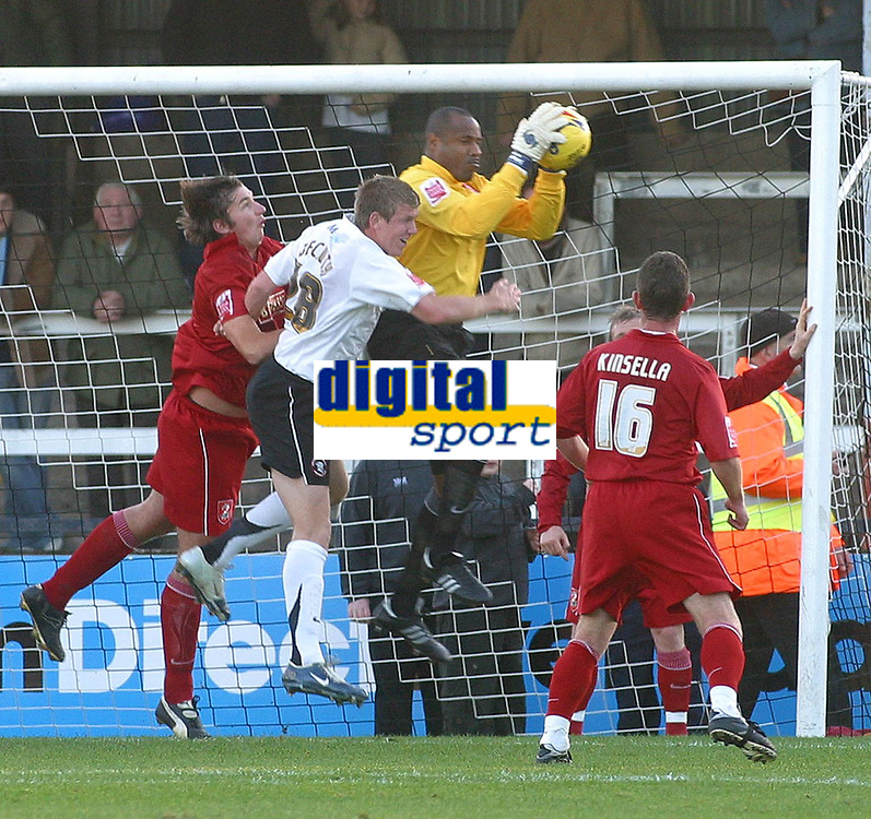 Photo: Dave Linney.<br />Hereford United v Walsall. Coca Cola League 2. 18/11/2006.Walsall's  Clayton Ince makes another clean catch.
