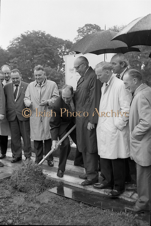 21/06/1965<br /> 06/21/1965<br /> 21 June 1965<br /> Cutting first sod for the Irish-Swiss Institute of Horology, Blanchardstown, Dublin. The institute, that was to hold courses in watch repairing,was due to an agreement between the Department of Education and the Swiss Watch Industry. Picture shows Mr. George Colley, Minister for Education, turning the first sod at the ceremony.