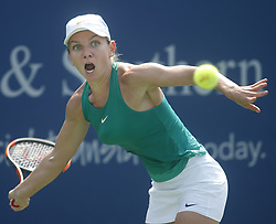 August 19, 2018 - Mason, Ohio - Simona Halep hits the ball as she takes on Kiki Bertens at the Western and Southern Open at the Lindner Family Tennis Center in Mason, Ohio on Sunday, August 19, 2018.  Bertens won the match 2-6, 7-6, 6-2.  The Cincinnati Masters is an annual outdoor hardcourt tennis event held in Mason near Cincinnati, Ohio. The event started on September 18, 1899 and is the oldest tennis tournament in the United States played in its original city. (Credit Image: © Leigh Taylor via ZUMA Wire)