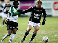 Fotball <br /> Tippeligaen<br /> AKA Arena , Hønefoss <br /> 17.10.2010<br /> Hønefoss BK  v Rosenborg 0-2<br /> Foto: Dagfinn Limoseth, Digitalsport<br /> Steffen Iversen  , Rosenborg  og Umaru Bangura , Hønefoss