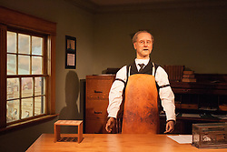 18 October 2010: A animated actor senses visitors and give a narration pertaining to the arch, St. Louis and their roles in the westward expansion of the United States.  Gateway Westward Museum,St. Louis Missouri