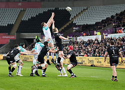Connacht's James Cannon claims the lineout<br /> <br /> Photographer Simon King/Replay Images<br /> <br /> Guinness PRO14 Round 19 - Ospreys v Connacht - Friday 6th April 2018 - Liberty Stadium - Swansea<br /> <br /> World Copyright © Replay Images . All rights reserved. info@replayimages.co.uk - http://replayimages.co.uk