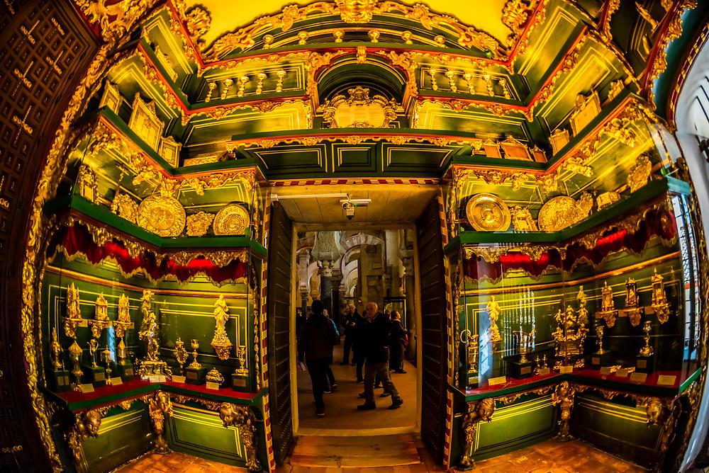 Interior of the Mezquita (Mosque-Cathedral of Cordoba), Cordoba, Cordoba Province, Andalusia, Spain.