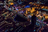 Bellagio Fountain Pool & Las Vegas Strip