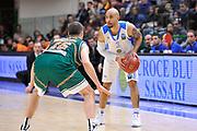 DESCRIZIONE : Eurocup 2014/15 Last32 Dinamo Banco di Sardegna Sassari -  Banvit Bandirma<br /> GIOCATORE : David Logan<br /> CATEGORIA : Palleggio<br /> SQUADRA : Dinamo Banco di Sardegna Sassari<br /> EVENTO : Eurocup 2014/2015<br /> GARA : Dinamo Banco di Sardegna Sassari - Banvit Bandirma<br /> DATA : 11/02/2015<br /> SPORT : Pallacanestro <br /> AUTORE : Agenzia Ciamillo-Castoria / Luigi Canu<br /> Galleria : Eurocup 2014/2015<br /> Fotonotizia : Eurocup 2014/15 Last32 Dinamo Banco di Sardegna Sassari -  Banvit Bandirma<br /> Predefinita :