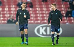 Jonas Knudsen og Anders Christiansen (Malmö FF) varmer op før kampen i UEFA Europa League mellem FC København og Malmö FF den 12. december 2019 i Telia Parken (Foto: Claus Birch).