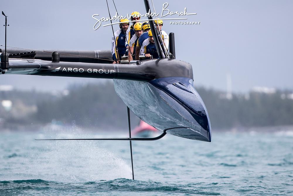 Louis Vuitton America's Cup Finals. Artemis Racing vs Emirates Team New Zealand. ETNZ wins the Louis Vuittion Challengers Trophy. 2-5. 12th of June, 2017, Bermuda