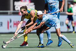 (L-R) Flynn Ogilvie of Australia, Mandeep Singh of India during the Champions Trophy finale between the Australia and India on the fields of BH&BC Breda on Juli 1, 2018 in Breda, the Netherlands.