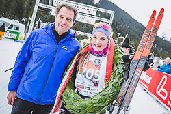 18.01.2020, Loipe Obertilliach, AUT, 50 Jahre Dolomitenlauf, Freestyle, im Bild v.l.: Franz Theurl (TVB Obmann und Organisator), 1. Platz Anna Seebacher (AUT/42km) // during the 50 years Dolomitenlauf Freestyle race at Obertilliach, Austria on 2010/01/18, EXPA Pictures © 2020 PhotoCredit: EXPA/ Dominik Angere