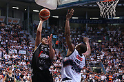 Lawson<br /> Kontatto Fortitudo Bologna vs Segafredo Virtus Bologna<br /> Campionato Basket LNP 2016/2017<br /> Bologna 14/04/2017<br /> Foto Ciamillo-Castoria/A. Gilardi