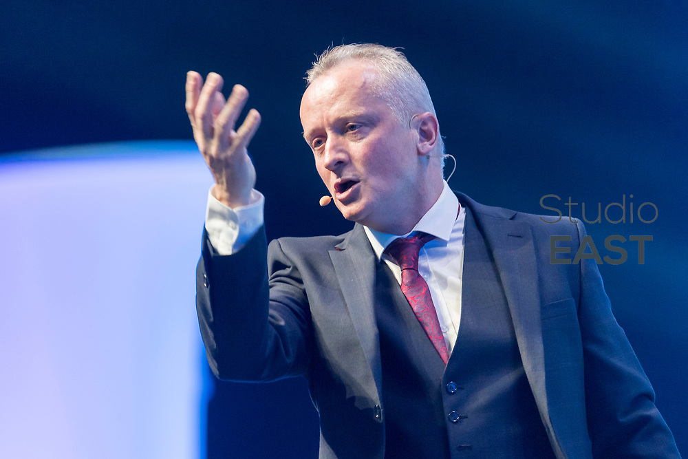 """Presentation """"How to make money with the Futuro Business"""" by Hugh-Paul Ward during the FutureNet World Convention in Studio City Event Center, Macau, China, on 25 November 2017. Photo by David Paul Morris/Studio EAST"""