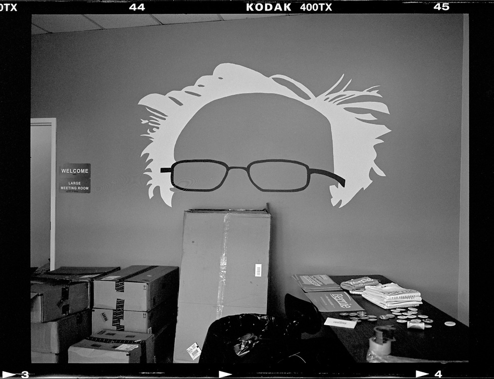 A painting representing U.S. Democratic presidential candidate Bernie Sanders is seen at headquarters in Des Moines, Iowa.  © Photo by Jim Young
