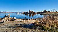 Mono Lake, South Tufa Area. Image taken with a Nikon D3 camera and 24 mm f/3.5 PC-E lens (ISO 200, 24 mm, f/8, 1/640 sec).
