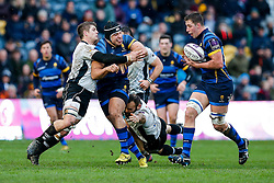 Worcester Prop Gareth Milasinovich offloads to Flanker Huw Taylor - Mandatory byline: Rogan Thomson/JMP - 16/01/2016 - RUGBY UNION - Sixways Stadium - Worcester, England - Worcester Warriors v Zebre Rugby - European Rugby Challenge Cup.