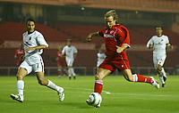 Fotball<br /> Foto: SBI/Digitalsport<br /> NORWAY ONLY<br /> <br /> Middlesbrough v Real Mallorca<br /> Pre-Season Football Friendly, Riverside Stadium, Middlesbrough 04/08/2004.<br /> Middlesbrough's Bolo Zenden (r) fires home his team's first goal.