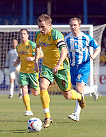 Photo: Ashley Pickering.<br />Colchester United v Norwich City. Coca Cola Championship. 31/03/2007.<br />Darren Huckerby of Norwich makes a run forward