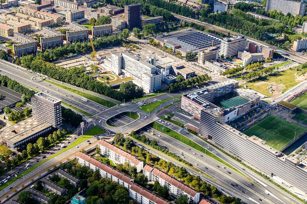 Nederland, Amsterdam, Amsterdam-West, 27-09-2015. Ring A10-West (Einsteinweg), kruising met Jan van Galenstraat. Sint Lucas Andreas<br /> Ziekenhuis (nu OLVG)<br /> A10 Ring West (Einsteinweg), ring road. <br /> luchtfoto (toeslag op standard tarieven);<br /> aerial photo (additional fee required);<br /> copyright foto/photo Siebe Swart