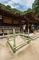 25. Ujigami Shrine 宇治上神社 Although of comparatively modest appearance, Ujigami Jinja is considered to be the oldest shrine in Japan that is still standing and was once closely linked to Byodo-in Temple as its guardian shrine. The main hall is built in the nagare-zukuri architectural style. Pure water is important for a town like Uji, south of Kyoto, famous for its green tea plantations.  Uji once had seven famous springs, though only the one at Ujigami still exists.  Near Ujigami Shrine stands Uji Shrine, the two different shrines used to be considered as one and collectively known as Rikyukamisha until they were separated during the Meiji Period.