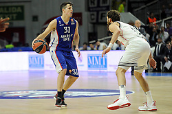 15.04.2015, Palacio de los Deportes stadium, Madrid, ESP, Euroleague Basketball, Real Madrid vs Anadolu Efes Istanbul, Playoffs, im Bild Real Madrid´s Sergio Rodriguez and Anadolu Efes´s Thomas Heurtel // during the Turkish Airlines Euroleague Basketball 1st final match between Real Madrid vand Anadolu Efes Istanbul t the Palacio de los Deportes stadium in Madrid, Spain on 2015/04/15. EXPA Pictures © 2015, PhotoCredit: EXPA/ Alterphotos/ Luis Fernandez<br /> <br /> *****ATTENTION - OUT of ESP, SUI*****
