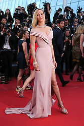 Uma Thurman arriving at Les Fantomes d'Ismael screening and opening ceremony held at the Palais Des Festivals in Cannes, France on May 17, 2017, as part of the 70th Cannes Film Festival. Photo by David Boyer/ABACAPRESS.COM