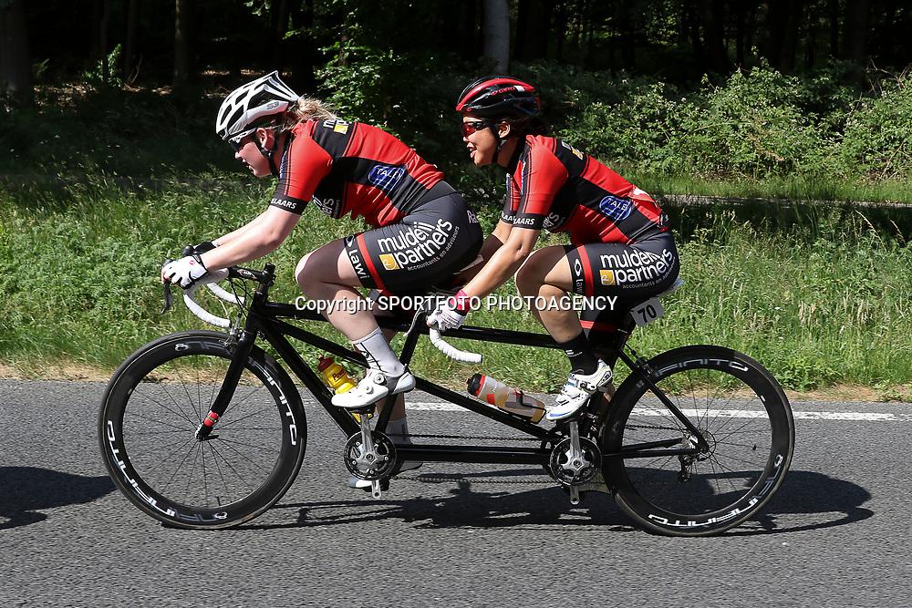 18-06-2017: Wielrennen: NK Paracycling: Montferlands-Heerenberg (NED) wielrennen  <br />Shie Au Yeung (Haarlem)-Michelle Stummel
