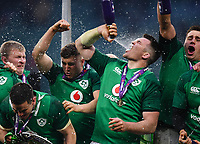 LONDON, ENGLAND - MARCH 17: Ireland's Peter O'Mahony celebrates after the NatWest Six Nations Championship match between England and Ireland at Twickenham Stadium on March 17, 2018 in London, England. (Photo by Ashley Western - MB Media via Getty Images)